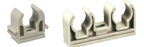 Пластиковые клипсы для труб, одинарная и двойная.