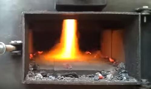 Піролізний твердопаливний котел - горіння.