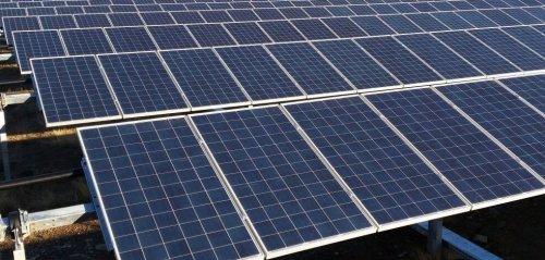 Сонячні панелі, сонячна енергетика.